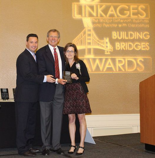 Laura Schweers receiving award for Project SEARCH